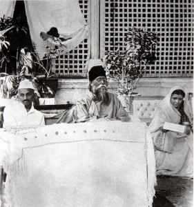Gandhi_and_Tagore_1920