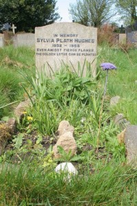 Grave_of_Sylvia_Plath_-_geograph.org.uk_-_412470